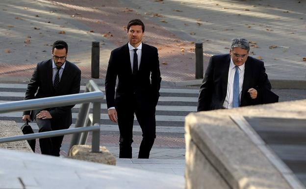 Xabi Alonso descarta buscar acuerdo en juicio por fraude