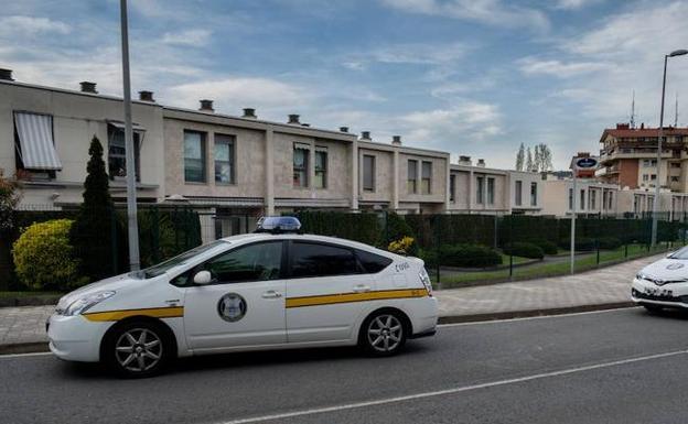 Detenido un policía municipal de Donostia acusado de romper la tibia a un Guardia Civil retirado