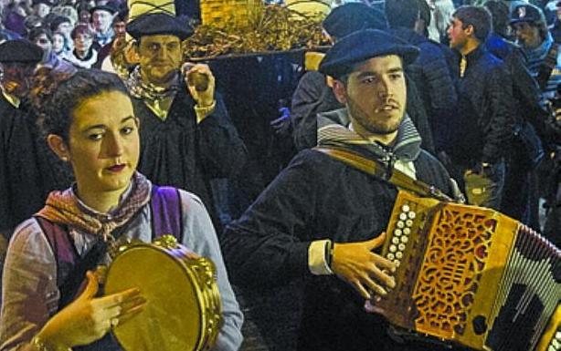 Olentzero en Irun./F. DE LA HERA