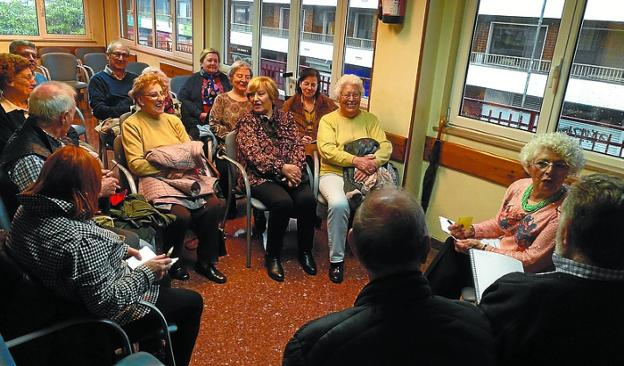 El Consejo del Mayor del Bidasoa se volvió a reunir en Luis Mariano./