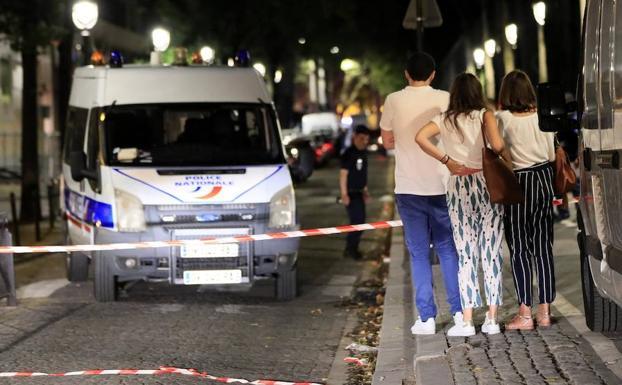 00:46Zona acordonada tras producirse los ataques