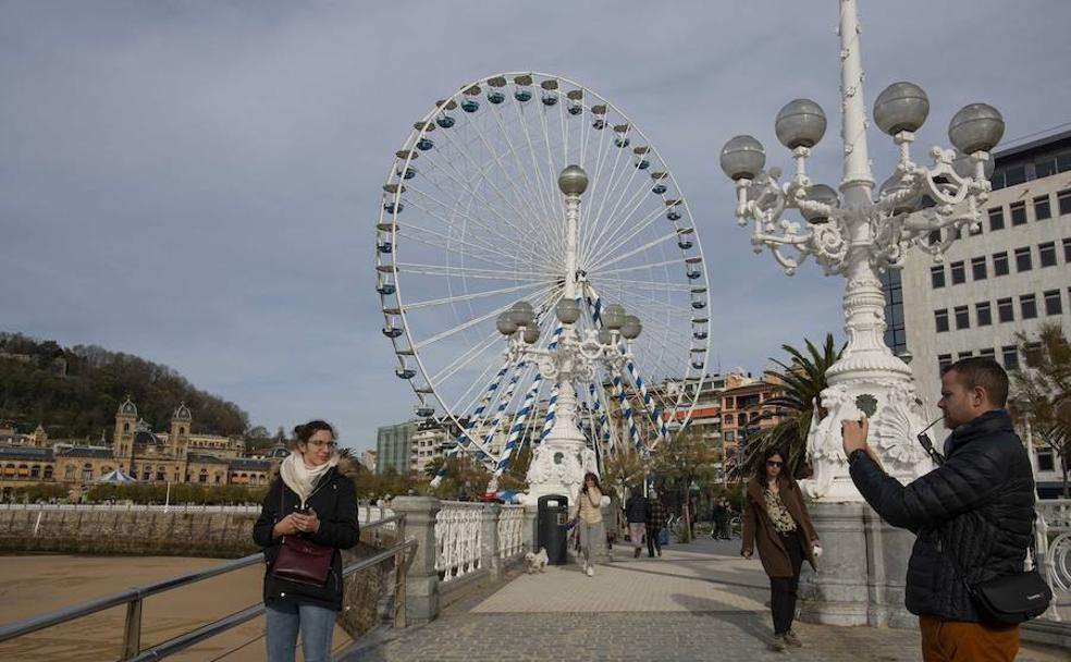 2f9a936f5ae1 la gran noria de las navidades de San Sebastián