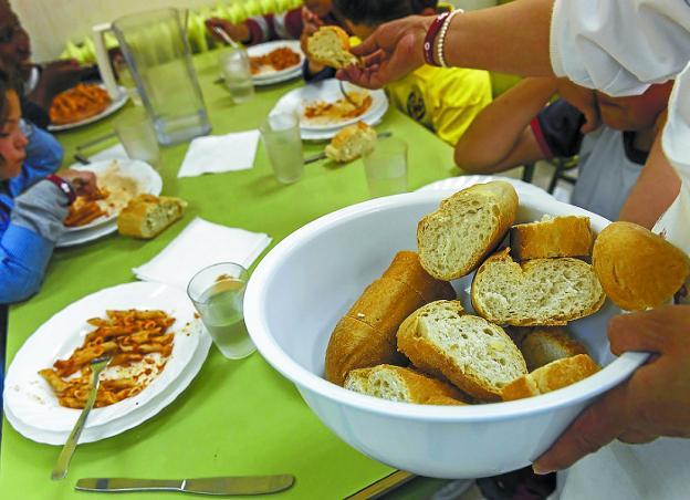 En verano. El Foro Ciudadano busca que se asegure la alimentación infantil en las vacaciones escolares./