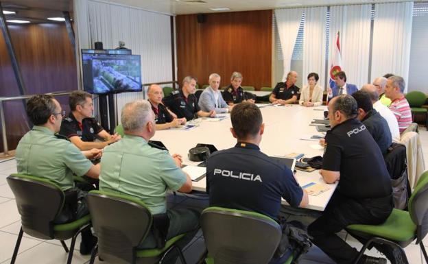 La consejera de Seguridad explica el operativo de cara a la cumbre del G-7.