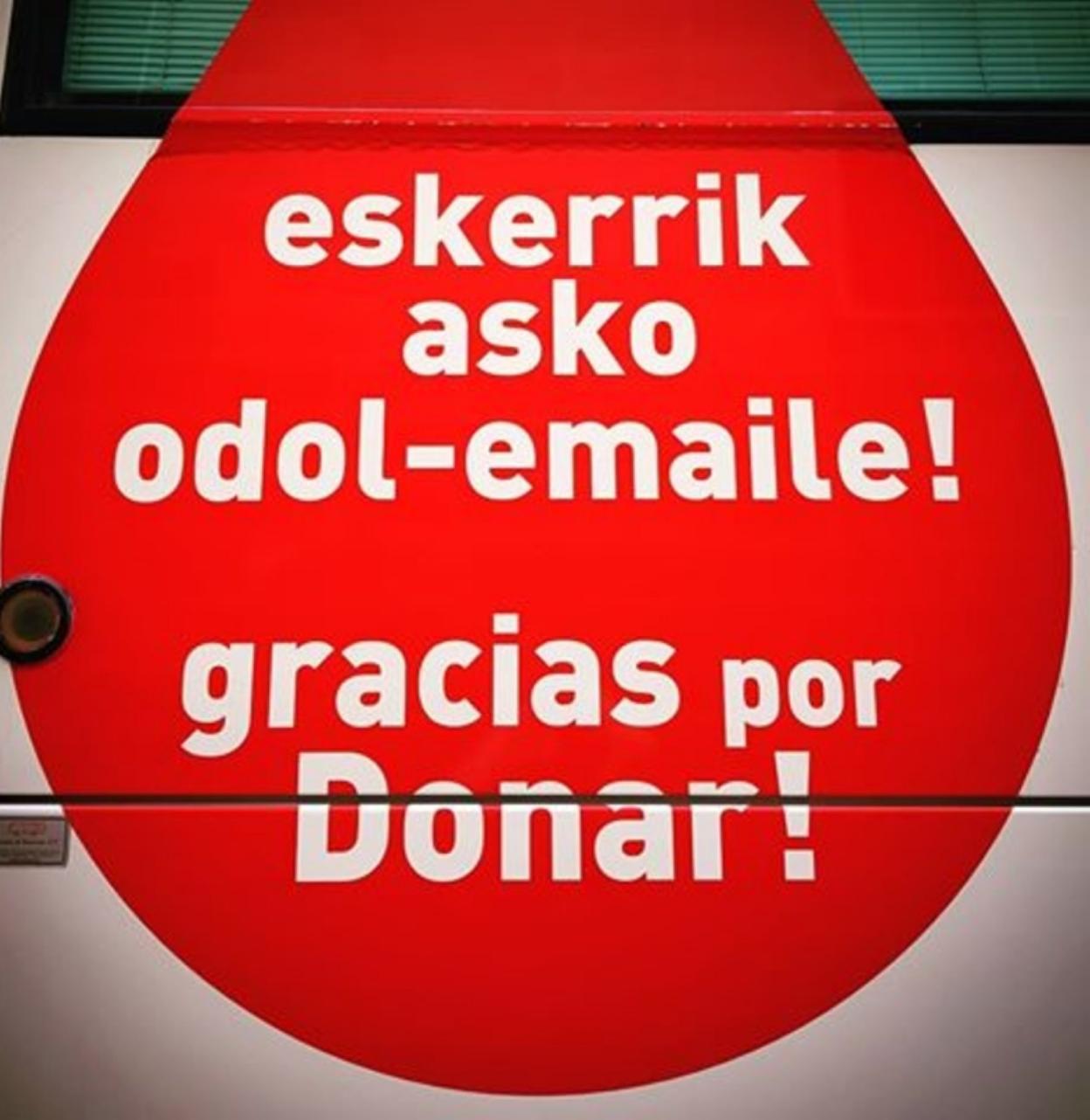 Resultado de imagen de insignias donantes de sangre gipuzkoa foto