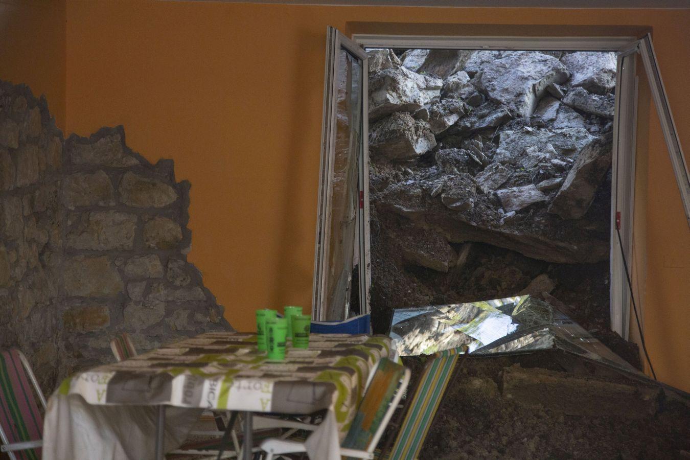 Fotos: Desalojados tras un derrumbe en San Sebastián - Diario Vasco