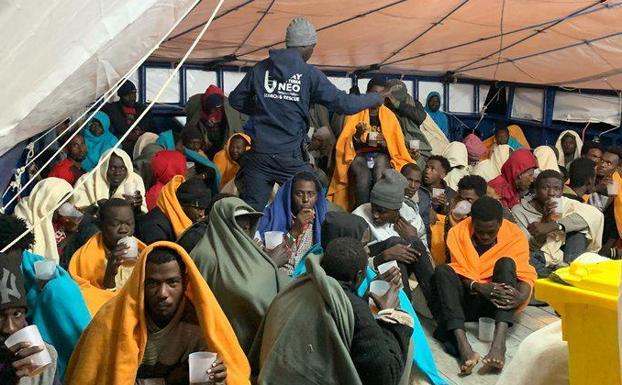 Los migrantes rescatados por el 'Aita Mari'/DV