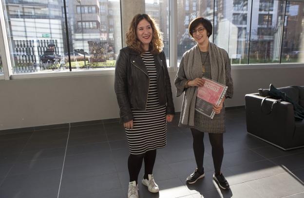 Cristina Laborda y Natalia Pérez presentaron el programa en el Espacio Palmera Montero./F. DE LA HERA
