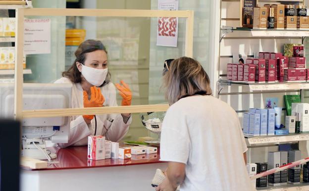 Las 286 farmacias guipuzcoanas se suman a la campaña 'Mascarilla 19' contra la violencia machista