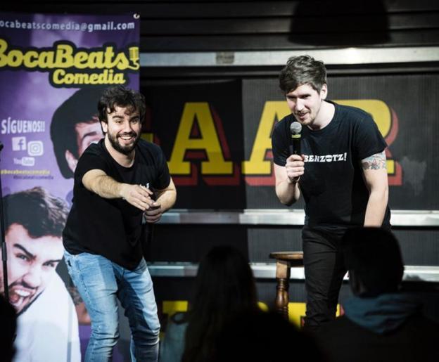 El dúo cómico, compuesto por Iván Pérez y Aitor Vidaurreta, harán reír a los presentes. / DV