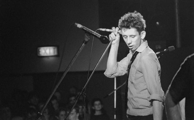 El líder de Pogues, Shane MacGowan, en el documental de Johnny Depp 'Crock of Gold: A Few Rounds with Shane MacGowan'.