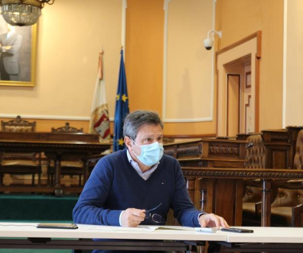 Santano compareció ayer para explicar las decisiones del Comité Covid./