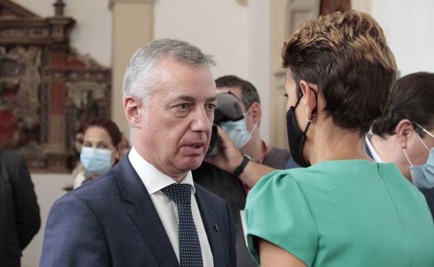 Urkullu valora con la presidenta de Navarra la situación del incendio de Bera, que «está estabilizado»